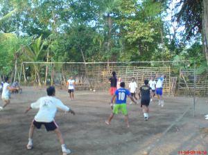 main Volley di kampung
