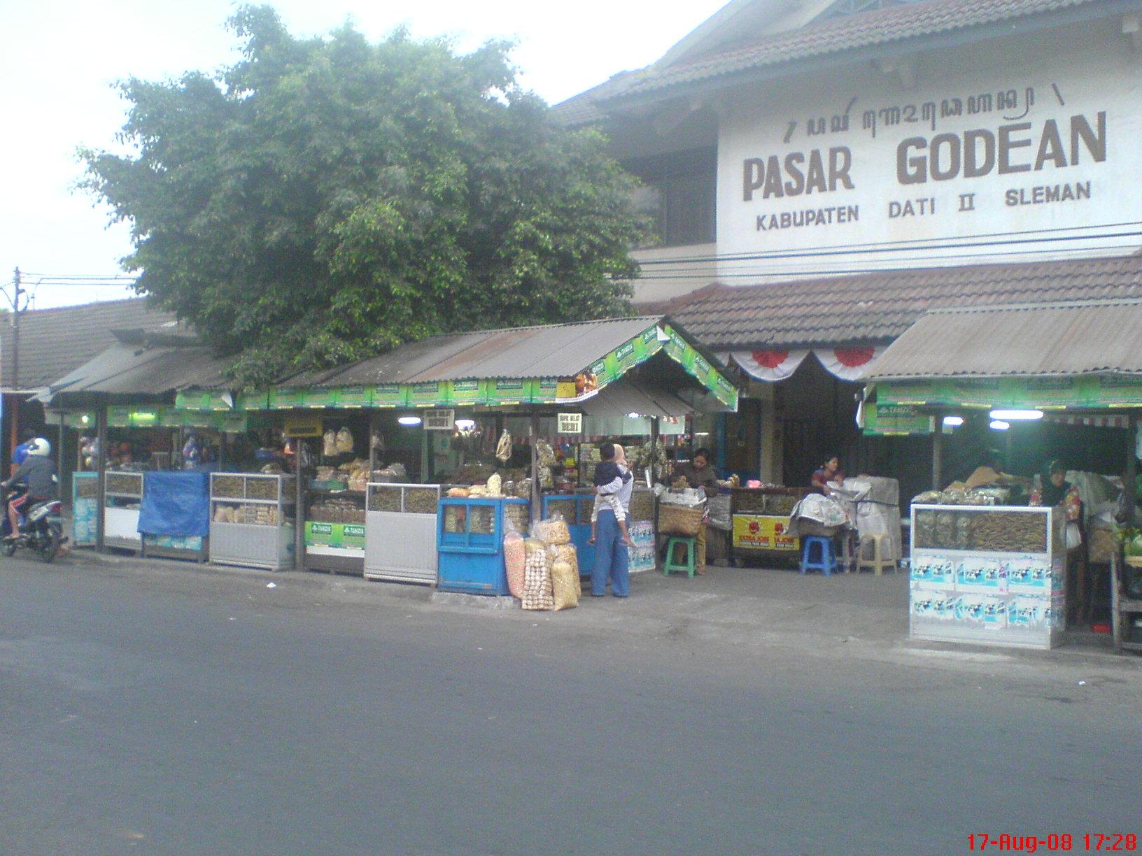 Pasar Godean dan Penjual Belut Goreng