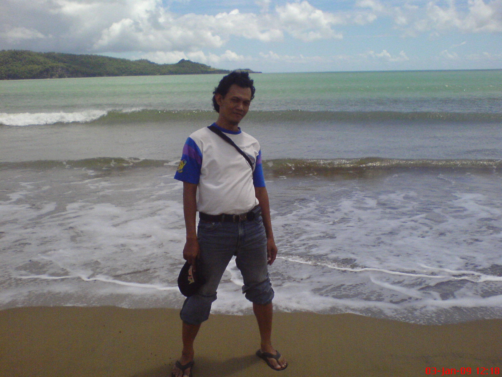 Nampang di Pantai TelengRia