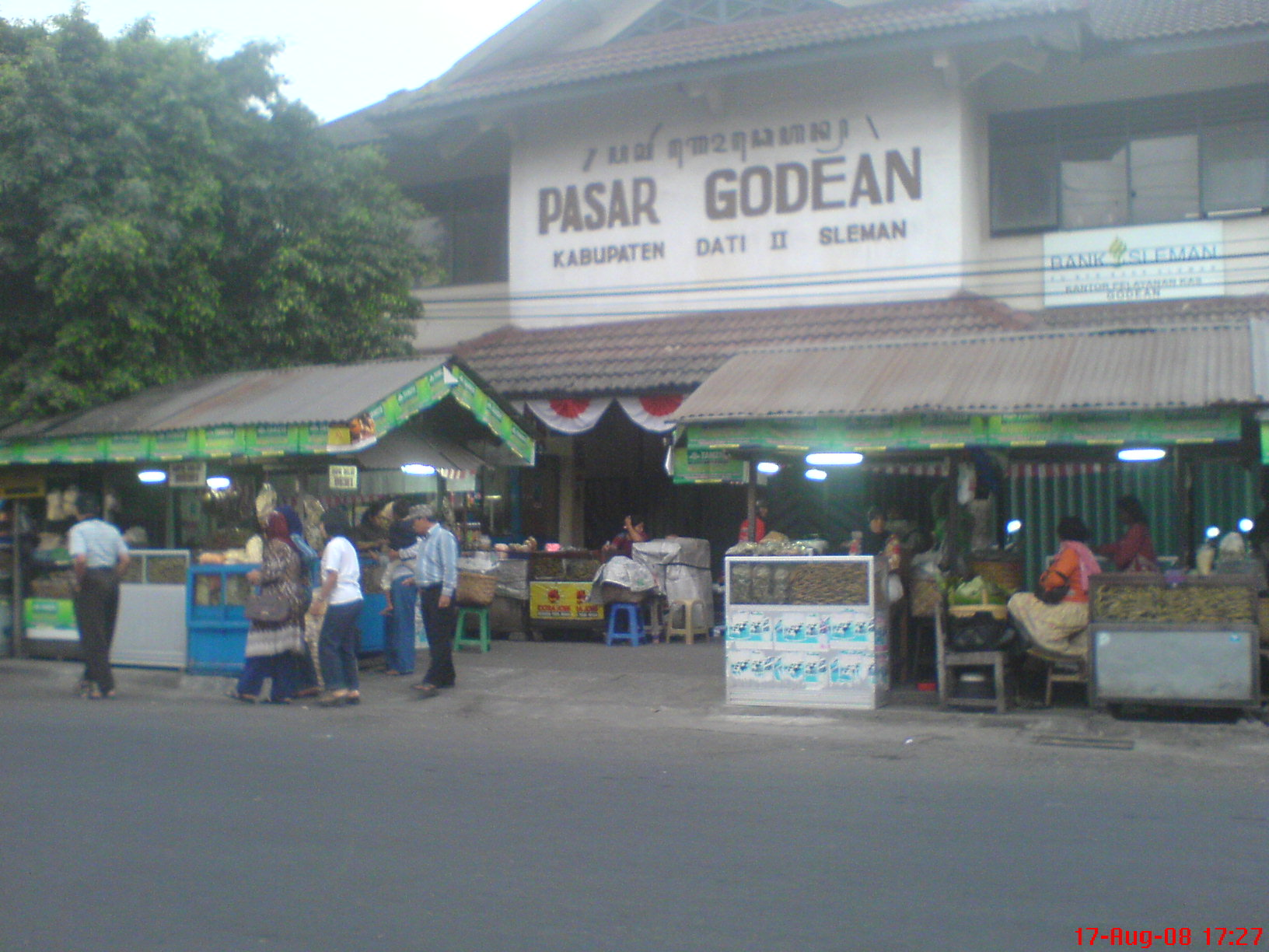 Pasar Godean tampak depan