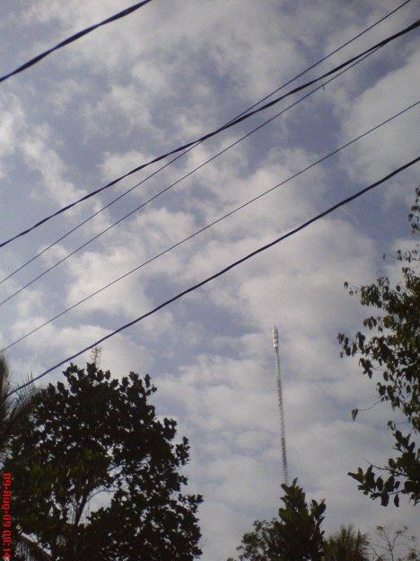 panel antena ADiTV sama rata kesemua arah sebelum dirubah komposisinya