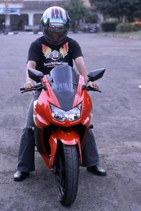 yang moto bro Diposedici