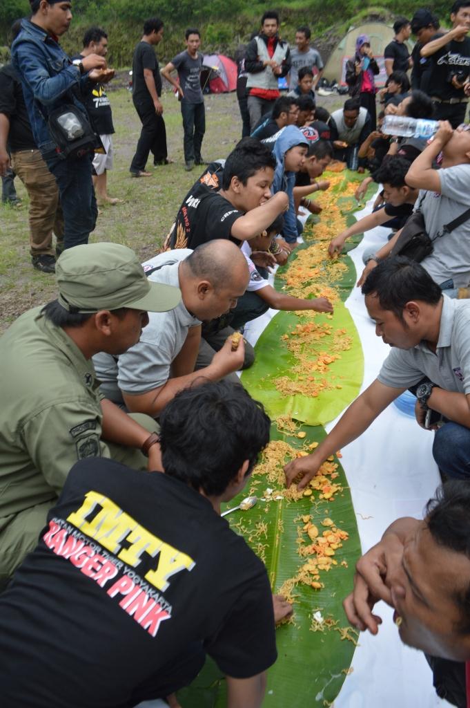 Tradisi makan besar ala PMHY.