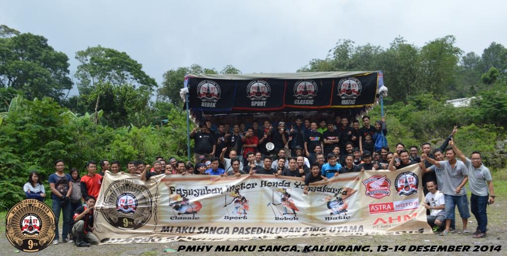 Sesi foto bareng menandai akhir dari pelaksanaan kegiatan PMHY Bikers Camp 2014.